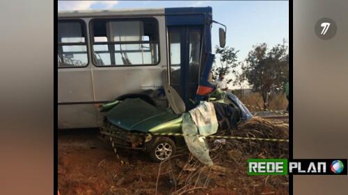 Família de Planaltina-GO morre em acidente à caminho de velório. 5 pessoas morreram.