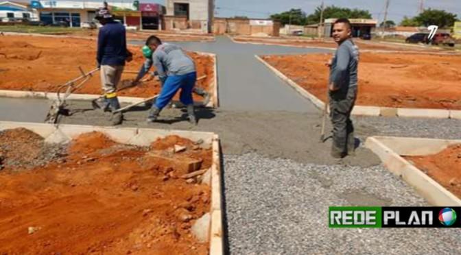 Obras de construção da nova praça continuam e começa a ganhar forma | Rede Plan