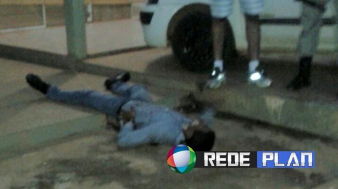 Bandido é baleado durante tentativa de assalto em uma loja no centro da cidade   RP
