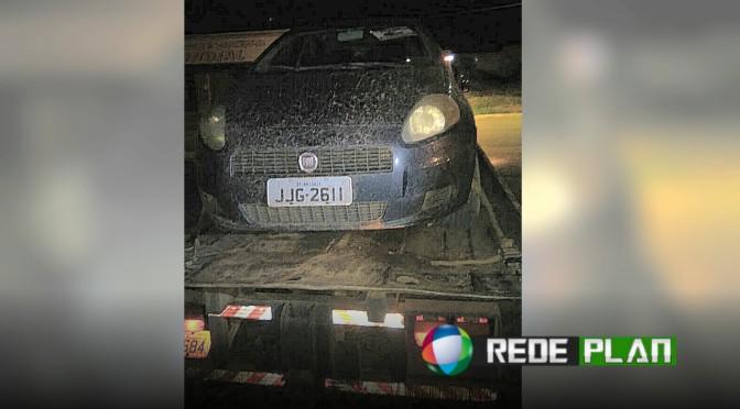 Veículo roubado é localizado por PMs no Jardim Paquetá nesta madrugada | RP