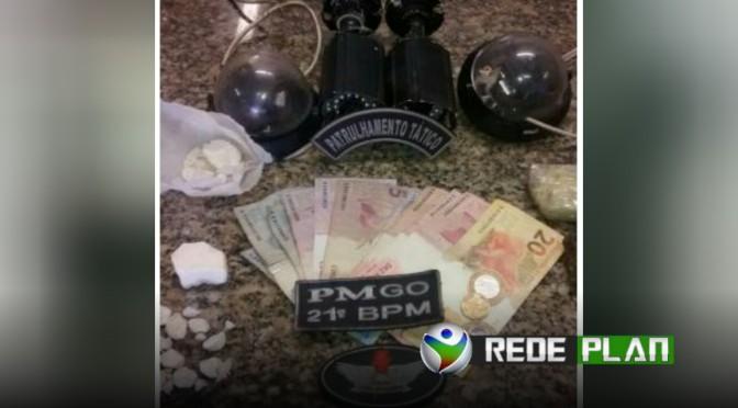 Polícia Militar apreende drogas e pés de maconha em lote no Jardim Paquetá | RP