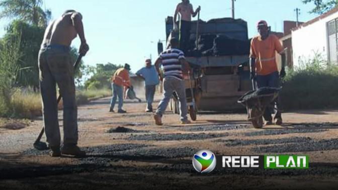 Depois de 5 meses, prefeitura começa a tapar os buracos nas ruas da cidade | RP