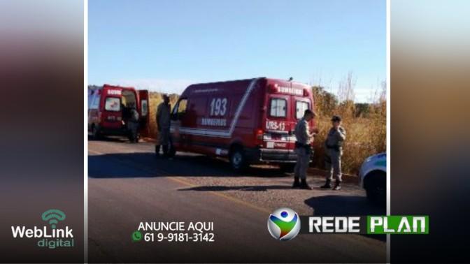 Mulher grávida morre após bater carro em traseira de trator e capotar na GO-430   RP
