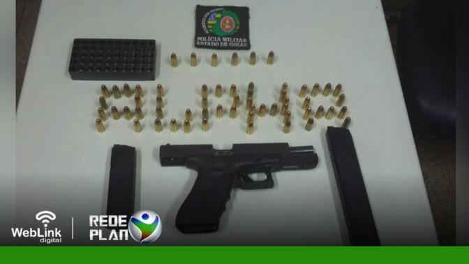 Homem é preso no setor Leste por porte ilegal de arma de fogo de uso restrito | RP