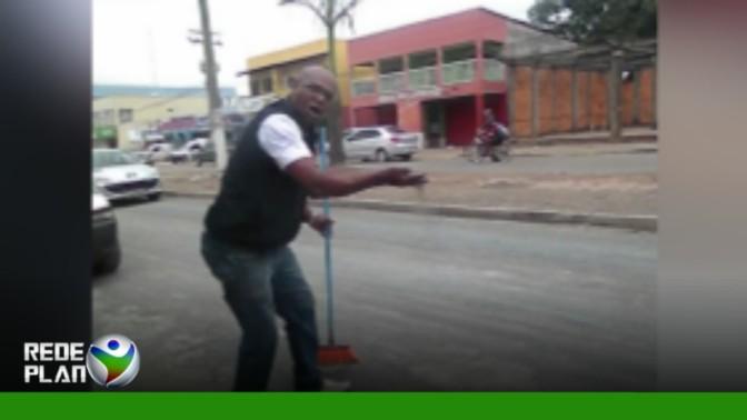 Asfalto de recapeamento se solta, causa poeira e revolta motoristas | RP
