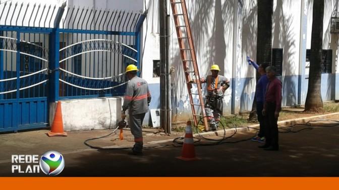 Prefeitura tem a energia elétrica cortada novamente por falta de pagamento | RP