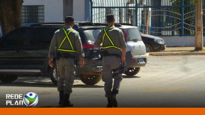 Patrulhamento a pé feito por policiais estagiando deveria ser permanente   RP