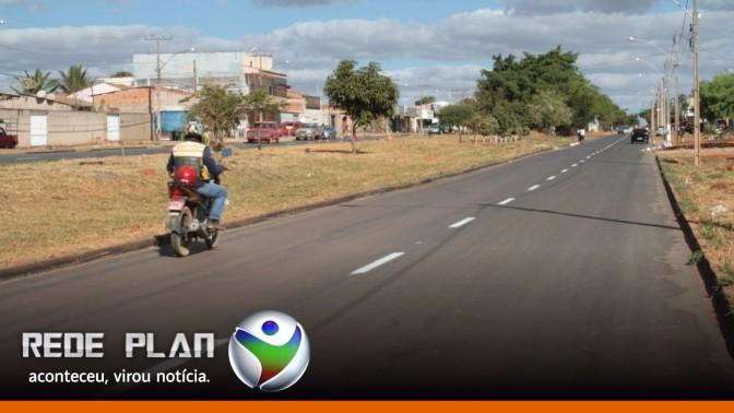 Ruas e avenidas de Planaltina Goiás recebem sinalização asfáltica | RP