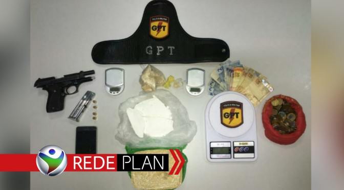 GPT prende homem na Qd. 13 Norte por tráfico de drogas e porte ilegal de arma de fogo   RP