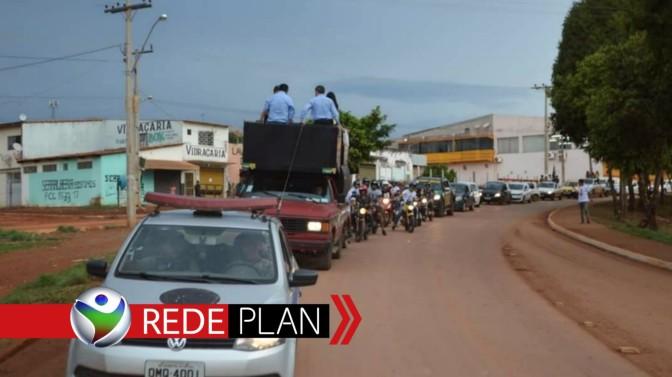 Em Planaltina-GO moradores saem às ruas em carreata pró Bolsonaro | RP