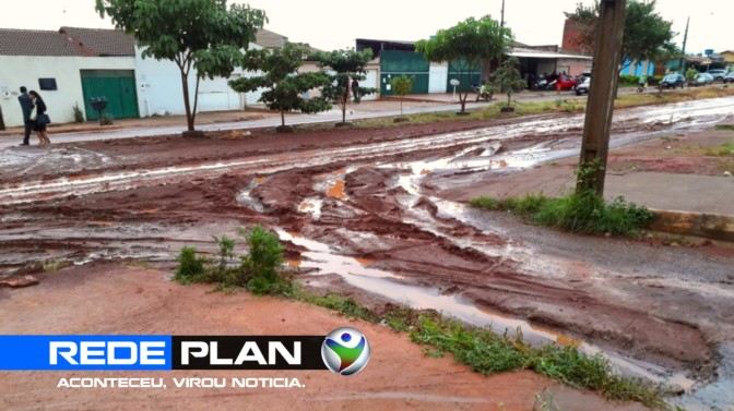 Após chuva, lama invade casas e causa transtornos na quadra 16 norte   RP