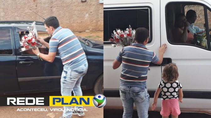 Morador do Paquetá distribui flores todos os anos no 'Dia da Mulher' | RP