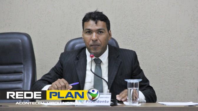 Presidente da Câmara rebate críticas após comemoração do dia da mulher   RP
