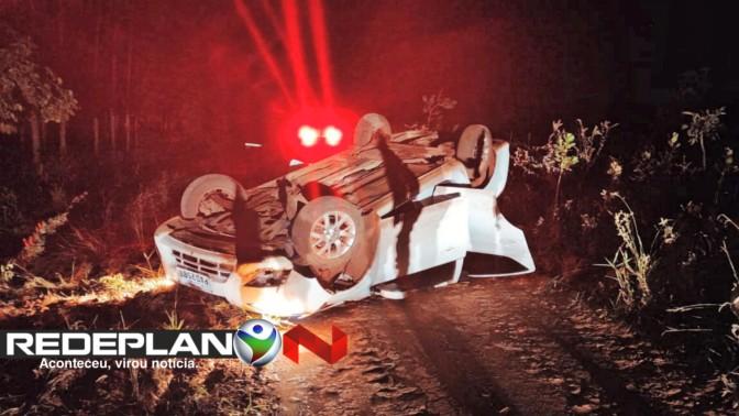 Bandidos fogem da Polícia e acabam capotando veículo roubado em Planaltina-GO | RP