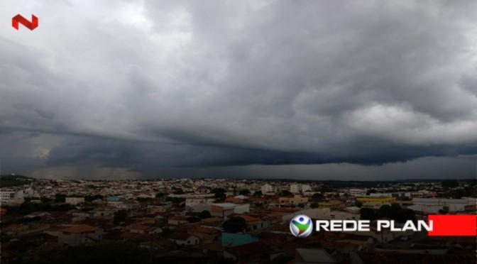 Pancadas de chuvas e temporais seguem até a próxima sexta-feira (6), em Goiás | RP
